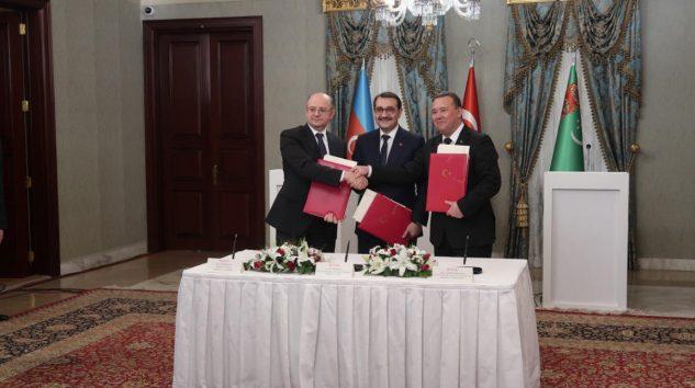 Türkiye-Azerbaycan-Türkmenistan Enerji İşbirliğini Geliştiriyor