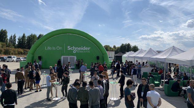 Schneider Electric, İnovasyon Tır'ı ile Eskişehir'deydi